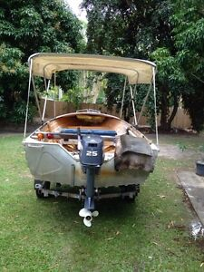 3.9M Stacer on Redco Gal Trailer Trinity Park Cairns Area Preview