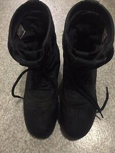 Yeezy 950 private black US8. used Canberra City North Canberra Preview