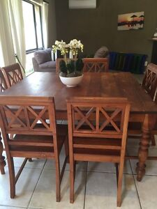 Eight seater Teak Dining table and chairs Pacific Paradise Maroochydore Area Preview