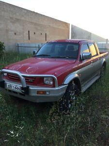 4X4 MITSUBISHI TRITON-  AUTO - DUAL CAB $1250 neg Adelaide CBD Adelaide City Preview