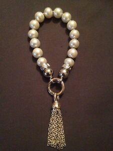Kagi Cream Pearl Bracelet with Tassle Pendant Kalgoorlie Kalgoorlie Area Preview