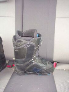 Flow 9.5 snowboard boots