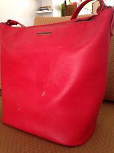 Cool Red Travel Bag Bulimba Brisbane South East Preview