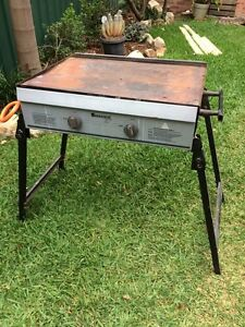 2 burner BBQ Cooks Hill Newcastle Area Preview