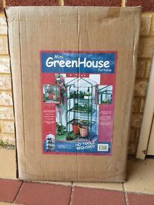 Greenhouse & wash basin. New!!!! Meadow Springs Mandurah Area Preview