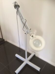 Magnifying lamp on stand Avoca Beach Gosford Area Preview