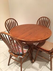 Extendable wooden table Randwick Eastern Suburbs Preview