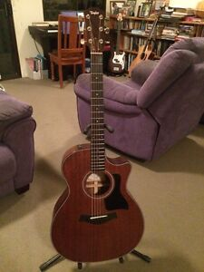 Taylor 324ce acoustic guitar Inverell Inverell Area Preview