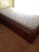 Single beds FREE Narrabeen Manly Area Preview