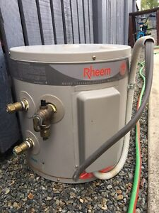Rheem hot water system Spring Hill Brisbane North East Preview