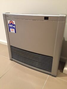 Rinnai Avenger 25TR Natural Gas Heater St Albans Brimbank Area Preview