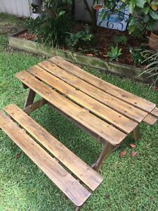 Kids wooden outdoor setting. Waratah West Newcastle Area Preview