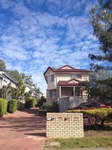 Double Bedroom in Furnished Townhouse Available November 3 Carina Heights Brisbane South East Preview