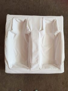 Twin feeding pillow Caringbah Sutherland Area Preview