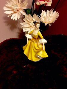 3 Royal Doulton  Figurines Beechboro Swan Area Preview
