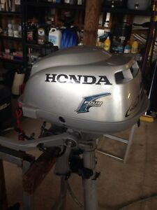 Honda 2hp 4  stroke outboard Cannonvale Whitsundays Area Preview