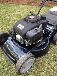 4 stroke lawnmower mower very good condition Denistone Ryde Area Preview