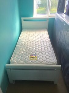 Single bed and mattress Acacia Ridge Brisbane South West Preview