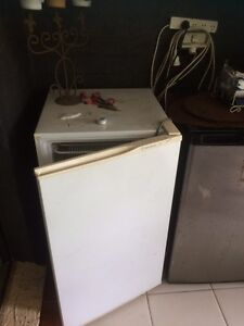 Small freezer Petrie Pine Rivers Area Preview