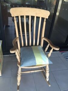 Rocking chair Trinity Beach Cairns City Preview