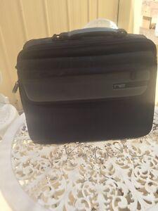 Laptop bag Gepps Cross Port Adelaide Area Preview