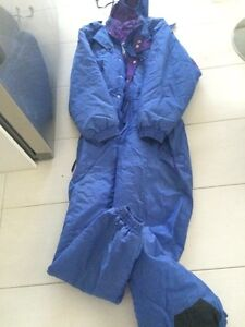 SNOW OUTFIT TOP TO TOES Doncaster Manningham Area Preview