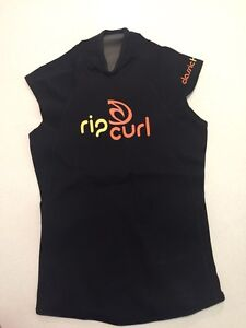 Ripcurl ladies size 6 wetsuit top Albany Creek Brisbane North East Preview