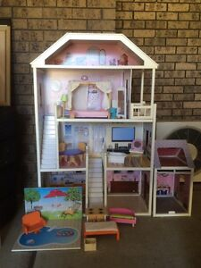 For sale 1.3m height doll house St Clair Penrith Area Preview