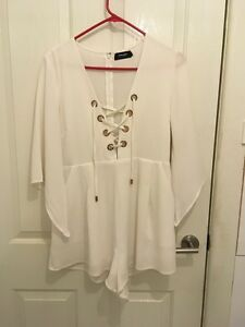White Playsuit size 12 Pascoe Vale South Moreland Area Preview