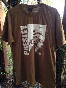 Elvis T-shirt. Wangi Wangi Lake Macquarie Area Preview