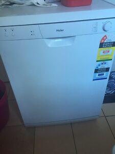 Near new dishwasher Narara Gosford Area Preview