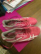 Girls asic spike running shoes Elsternwick Glen Eira Area Preview