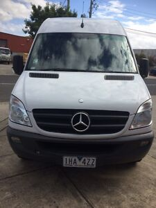 2011 Model MERCEDES SPRINTER PEOPLE MOVER Greenvale Hume Area Preview