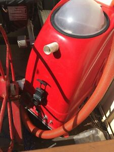 Carpet cleaning machine and booster Redland Bay Redland Area Preview