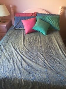 Double bed spread Charlestown Lake Macquarie Area Preview