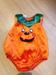 Halloween pumpkin costume 18m Inglewood Stirling Area Preview