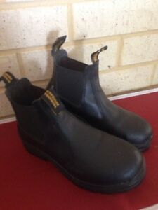 Blundstone work boots Gosnells Gosnells Area Preview
