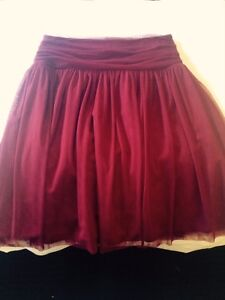 Beautiful Tulle Skirt NEED TO SELL Golden Bay Rockingham Area Preview