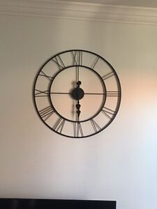 Large wall clock New Farm Brisbane North East Preview