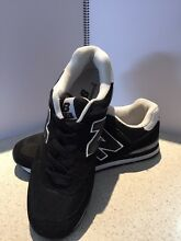 NEW BALANCE RUNNERS (not original, purchased in Thailand) Berwick Casey Area Preview