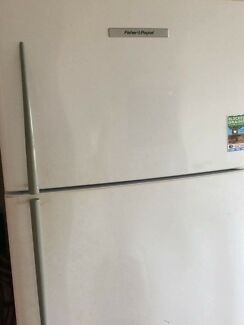 Fisher & Paykel fridge - pick up 10th Dec