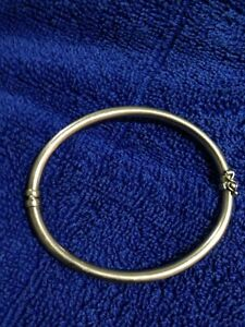 Ladies lovely  9ct gold bracelet with clasp Kangaroo Point Brisbane South East Preview