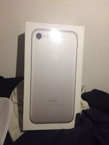 iPhone 7 Silver 32 GB Brand New Sealed in Box Unlocked Sydney City Inner Sydney Preview