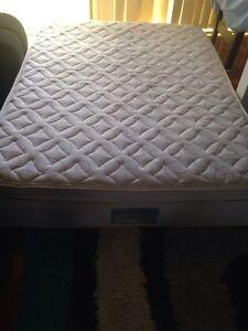 Queen mattress Eagleby Logan Area Preview