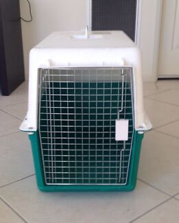 Large pet cage/carrier - airline approved