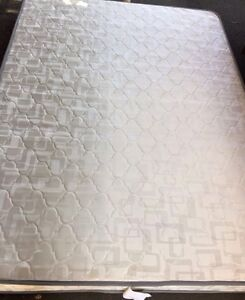 Spinal care queen mattress - fabulous condition Petersham Marrickville Area Preview