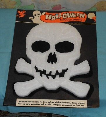 vintage Modern Miltex Halloween FOAM SKULL DECORATION