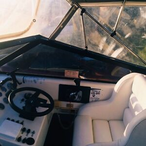 Leeder 650 perfect family fishing cruiser ski boat Tapping Wanneroo Area Preview