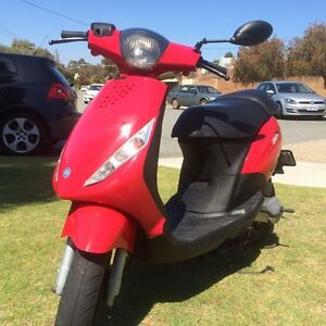 ****STOP HERE**** Zip Piaggio 2t 50cc Churchlands Stirling Area Preview