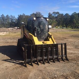 Slashing land clearing roads shrub clearing wet areas ok Salt Ash Port Stephens Area Preview